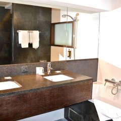 Отель Chambord Бельгия, Брюссель - 1 отзыв об отеле, цены и фото номеров - забронировать отель Chambord онлайн ванная фото 2