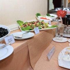 Отель Al Maha Regency ОАЭ, Шарджа - 1 отзыв об отеле, цены и фото номеров - забронировать отель Al Maha Regency онлайн питание фото 3
