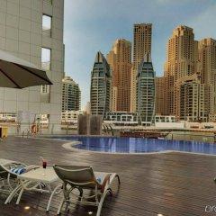 Signature Hotel Apartments & Spa бассейн