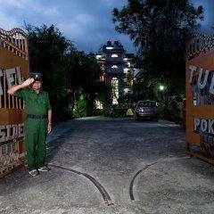 Отель Tulsi Непал, Покхара - отзывы, цены и фото номеров - забронировать отель Tulsi онлайн парковка