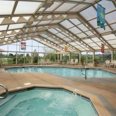 Отель Baymont Inn & Suites - Sullivan бассейн