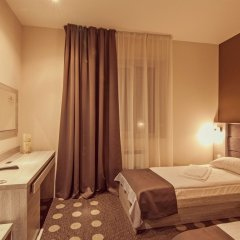 Гостиница Амбассадор Плаза комната для гостей фото 3
