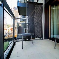 Отель erApartments Premium Mennica Польша, Варшава - отзывы, цены и фото номеров - забронировать отель erApartments Premium Mennica онлайн балкон