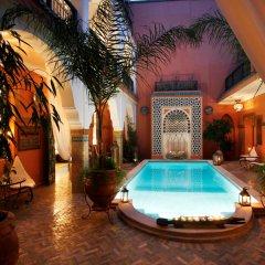 Отель Riad Dar Alfarah Марокко, Марракеш - отзывы, цены и фото номеров - забронировать отель Riad Dar Alfarah онлайн бассейн фото 3