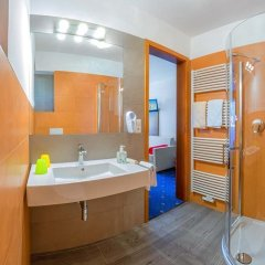 Garni - Hotel Rinner Julia Лачес ванная фото 2