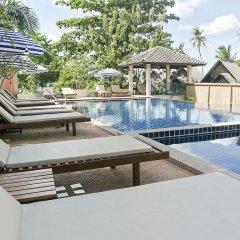 Отель Soontreeya Lanta бассейн