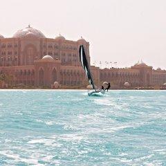 Отель Emirates Palace Abu Dhabi бассейн фото 2
