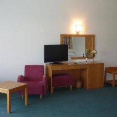 Отель Madeira Panoramico Hotel Португалия, Фуншал - отзывы, цены и фото номеров - забронировать отель Madeira Panoramico Hotel онлайн удобства в номере фото 2