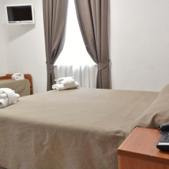 Hotel Trentina Милан сейф в номере