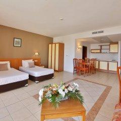 Prestige Hotel and Aquapark Золотые пески комната для гостей фото 2