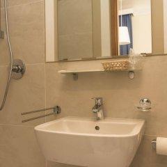 Отель Goldoni Италия, Флоренция - 1 отзыв об отеле, цены и фото номеров - забронировать отель Goldoni онлайн ванная фото 2