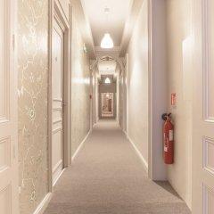 Отель Hôtel Vaubecour Франция, Лион - отзывы, цены и фото номеров - забронировать отель Hôtel Vaubecour онлайн интерьер отеля
