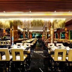 Отель Royal Princess Larn Luang гостиничный бар