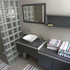 Отель City Center Apartments Brasseurs Бельгия, Брюссель - отзывы, цены и фото номеров - забронировать отель City Center Apartments Brasseurs онлайн ванная