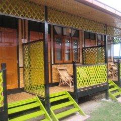 Отель Palace Nyaung Shwe Guest House Мьянма, Хехо - отзывы, цены и фото номеров - забронировать отель Palace Nyaung Shwe Guest House онлайн балкон