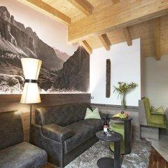 Отель Sonnenhof Италия, Марленго - отзывы, цены и фото номеров - забронировать отель Sonnenhof онлайн гостиничный бар