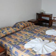 Hotel Varshava Золотые пески комната для гостей