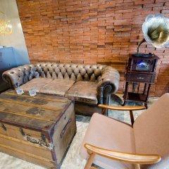 Siam Plug In The Gallery Hostel Бангкок комната для гостей фото 3