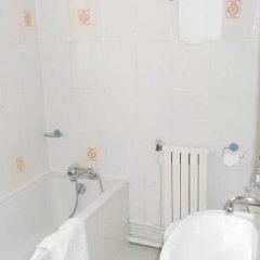 Abricotel Hotel ванная