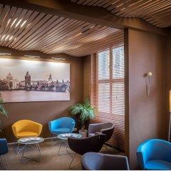 Hotel Kampa Garden гостиничный бар