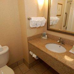 Отель Holiday Inn Raleigh Durham Airport ванная фото 2