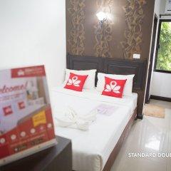 Отель Zen Rooms Basic Phra Athit Бангкок комната для гостей фото 4