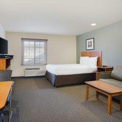 Отель WoodSpring Suites Columbus North I-270 США, Колумбус - отзывы, цены и фото номеров - забронировать отель WoodSpring Suites Columbus North I-270 онлайн комната для гостей