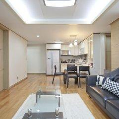 Отель Gangnam Business District Apt комната для гостей фото 4