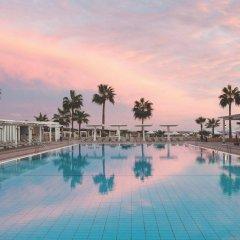Dome Beach Hotel and Resort бассейн