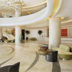 Отель Hilton Capital Grand Abu Dhabi ОАЭ, Абу-Даби - отзывы, цены и фото номеров - забронировать отель Hilton Capital Grand Abu Dhabi онлайн интерьер отеля фото 3