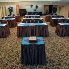 Отель Holiday Inn Express & Suites Charlottetown фото 2