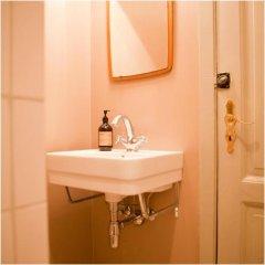 Отель Rye Дания, Копенгаген - отзывы, цены и фото номеров - забронировать отель Rye онлайн ванная фото 2