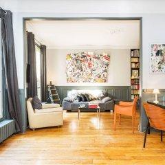 Апартаменты Hip Classic And Central Apartment Париж интерьер отеля