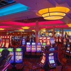 Riverwalk Casino Hotel развлечения