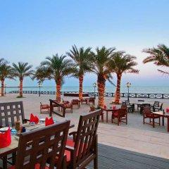 Отель Hilton Ras Al Khaimah Resort & Spa питание фото 3