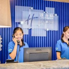 Отель Holiday Inn Express Krabi Ao Nang Beach интерьер отеля