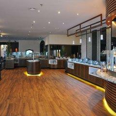Отель Hilton Sharjah ОАЭ, Шарджа - 10 отзывов об отеле, цены и фото номеров - забронировать отель Hilton Sharjah онлайн спа
