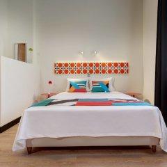 Отель COLORS Central Ladadika комната для гостей