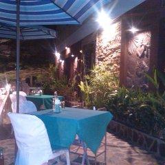 Отель Phurahong Homestay питание