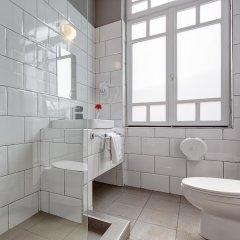 Отель COLORS Central Ladadika ванная фото 2