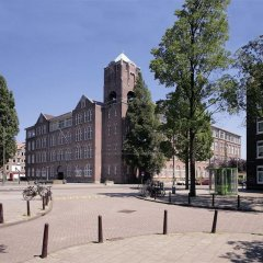 Отель Stayokay Amsterdam Oost Нидерланды, Амстердам - 1 отзыв об отеле, цены и фото номеров - забронировать отель Stayokay Amsterdam Oost онлайн парковка