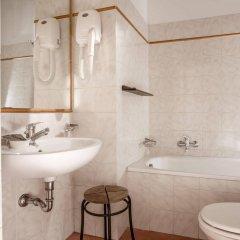 Отель Albergo Del Sole Al Biscione ванная фото 2