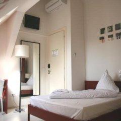Отель Plus Berlin комната для гостей
