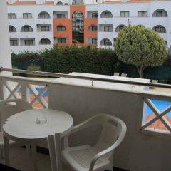 Отель Varandas de Albufeira Португалия, Албуфейра - 6 отзывов об отеле, цены и фото номеров - забронировать отель Varandas de Albufeira онлайн балкон