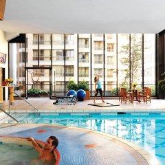 Отель Four Seasons Hotel Vancouver Канада, Ванкувер - отзывы, цены и фото номеров - забронировать отель Four Seasons Hotel Vancouver онлайн бассейн