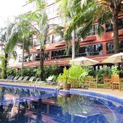 Отель Nova Park бассейн