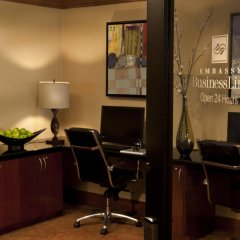 Отель Embassy Suites Fort Worth - Downtown удобства в номере