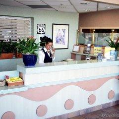 Отель Holiday Inn Express West Los Angeles США, Лос-Анджелес - отзывы, цены и фото номеров - забронировать отель Holiday Inn Express West Los Angeles онлайн интерьер отеля