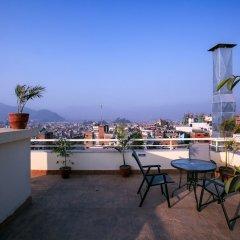 Отель Beautiful Kathmandu Hotel Непал, Катманду - отзывы, цены и фото номеров - забронировать отель Beautiful Kathmandu Hotel онлайн бассейн фото 3