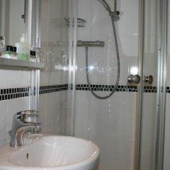Отель Grand Pier Guest House Великобритания, Кемптаун - отзывы, цены и фото номеров - забронировать отель Grand Pier Guest House онлайн ванная фото 2
